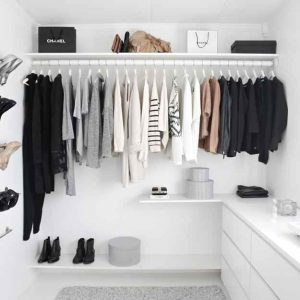 10 Basic Wardrobe Essentials for Every Woman
